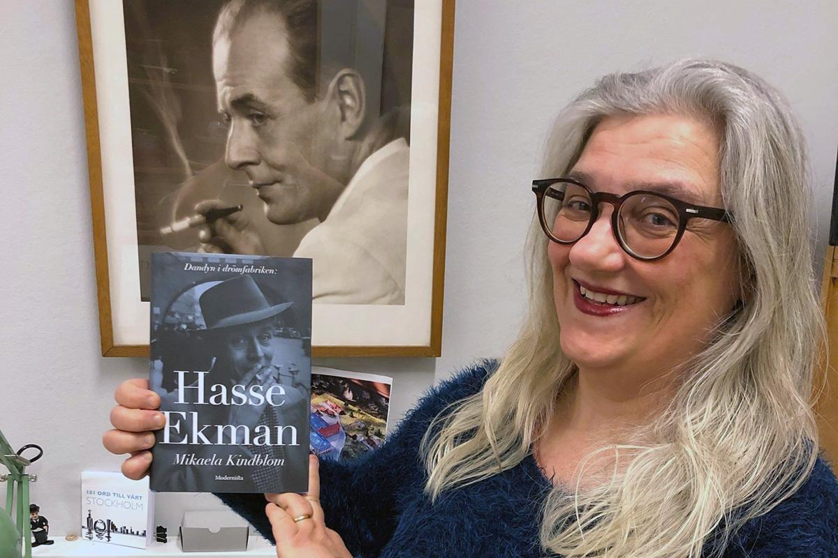 Mikaela Kindblom har skrivit en bok om Hasse Ekman.